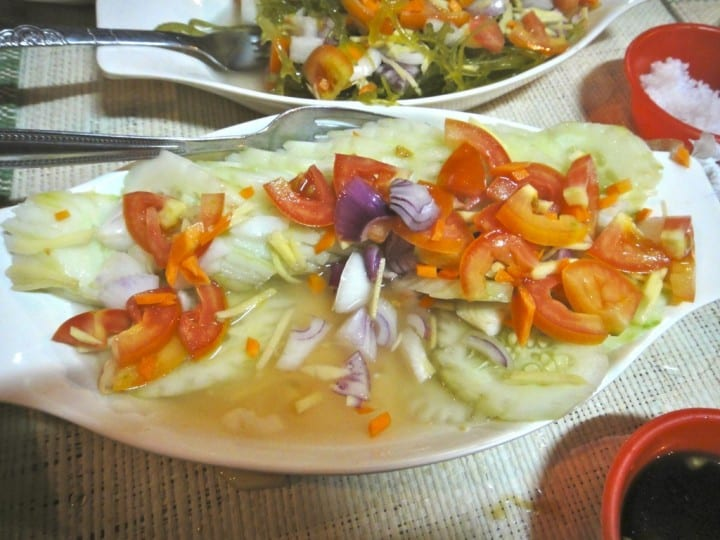 how to make onion salad with vinegar