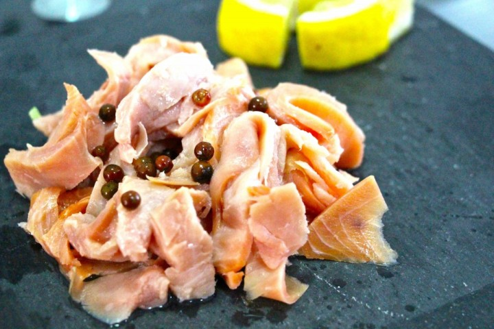 Smoked salmon with lemon and pink peppercorn