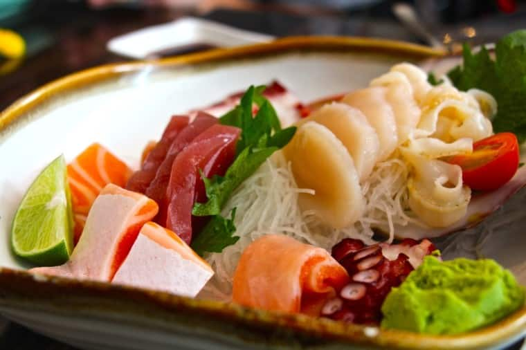 Now that is pretty is it not? Sashimi Platter, Megumi style. Loads of variety from scallop, to tuna, to octopus to salmon belly - damn good and ever so fresh.