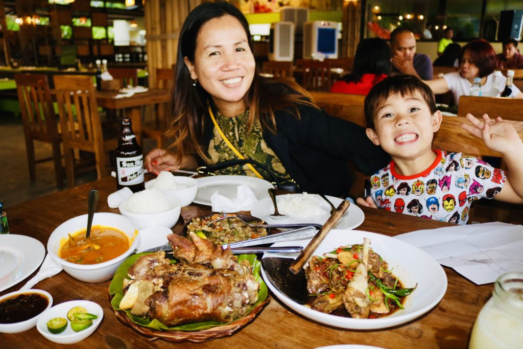 Top 10 Restaurants in Bohol, the Philippines